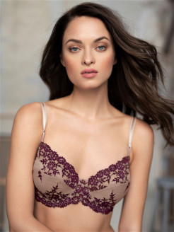 Бюстгальтер Embrace Lace Wacoal