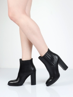 Ankle boots GARRO