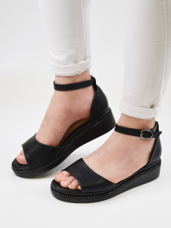 Open-toe shoes Fabrita
