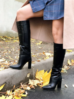 High boots DECALLI